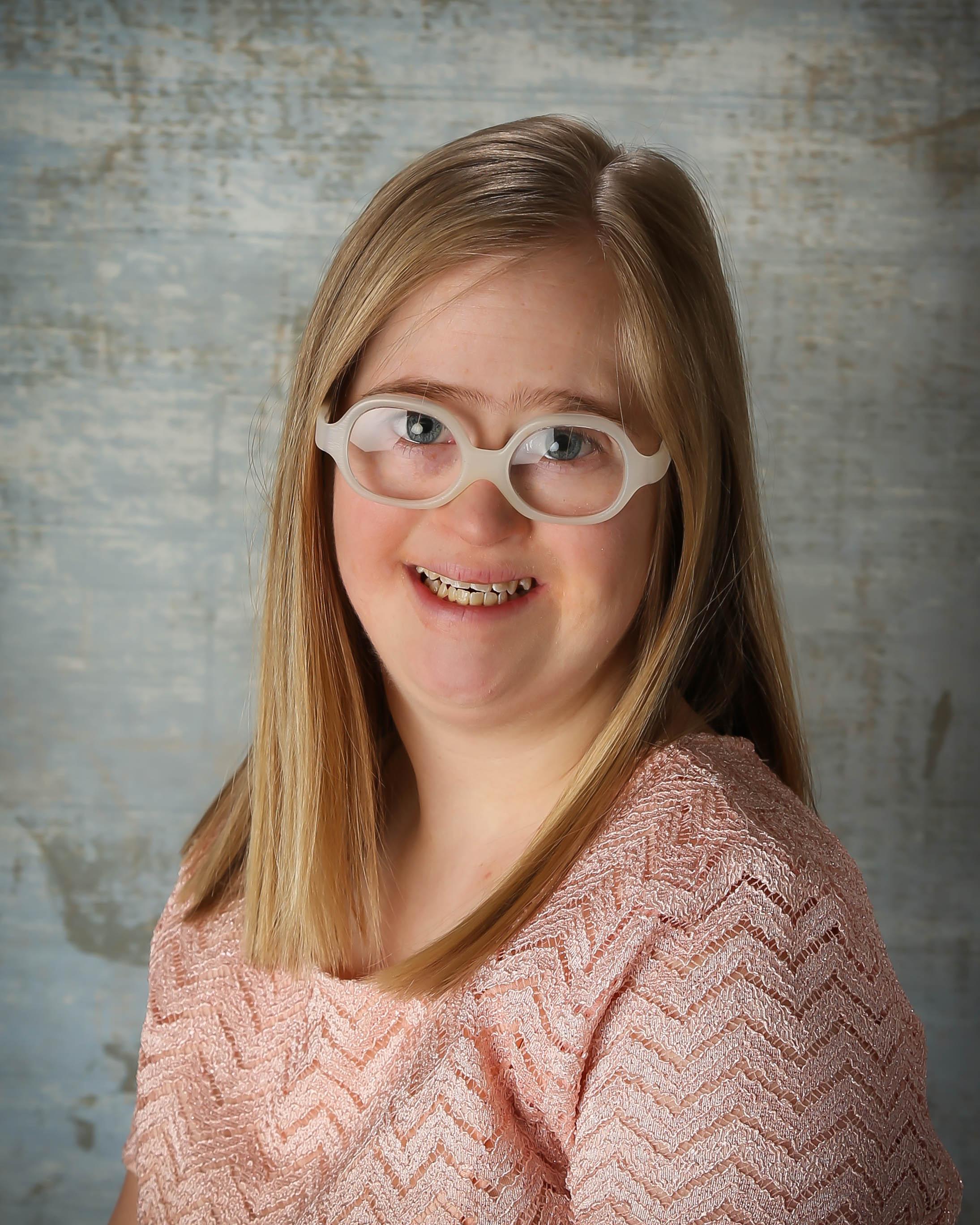Tina Maddux : Infant Teacher Assistant